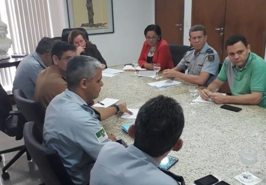 Presidente da ASSPMBMRN atualiza demandas com equipe de Governo no Gabinete Civil