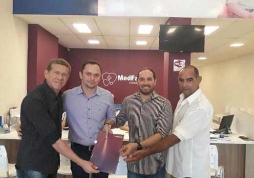 ASSPMBMRN firma parceria com centro médico