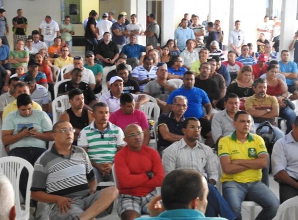 Militares estaduais se reúnem para definir novas ações contra atraso salarial