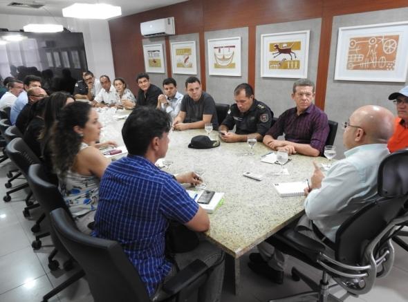 ASSPMBMRN participa de Comissão e cobra do Governo pagamento dos salários atrasados