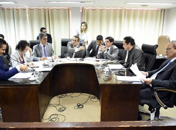 Projeto que reestrutura carreira de militares estaduais é aprovado com unanimidade