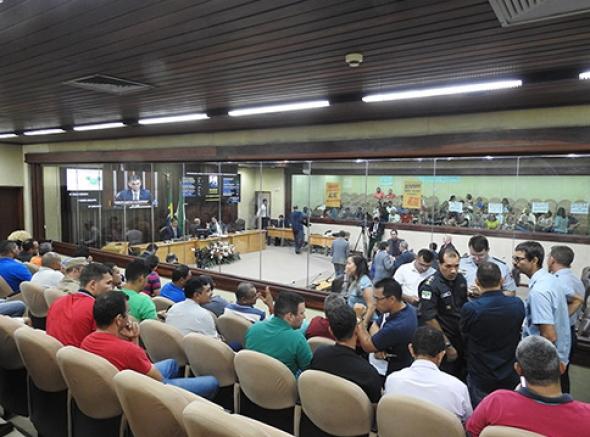 Militares estaduais se mobilizam para acompanhar votação de PL que reestrutura carreiras