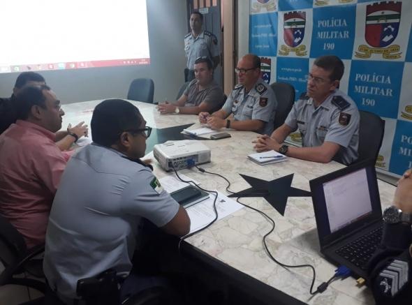 Associações se reúnem com Comandante para tratar de convocação ao Curso de Nivelamento