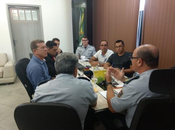 Comando da Polícia Militar e associações realizaram reunião nesta terça-feira (29). Confira os assuntos que foram pauta: